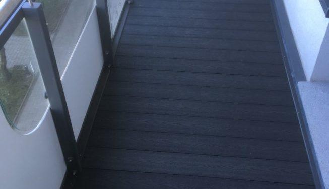 balkon z deski kompozytowej
